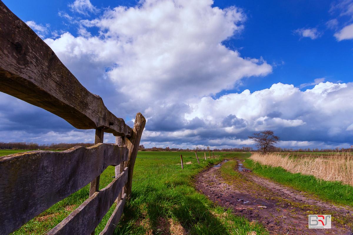 Wolkenpracht-in-landelijk-Nietap-Onlanden